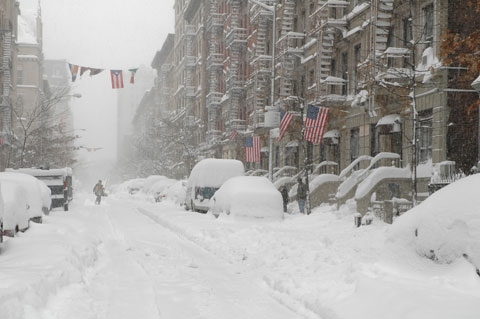 usa-newyork-snow_flags_man